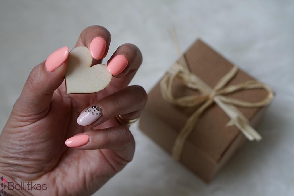 Idealne paznokcie z lakierami Semilac